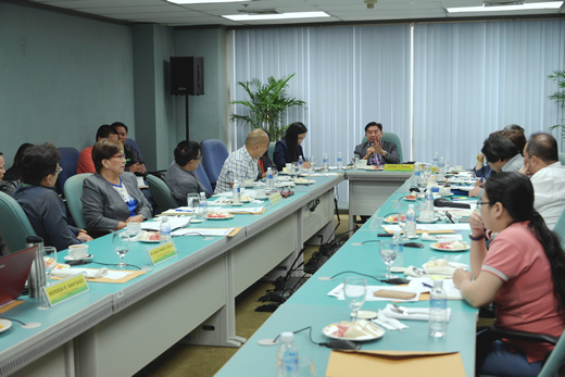Meeting Held to Discuss Point of Transition from POC to POS