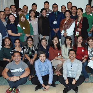 PhilHealth Employees Commit to Ease of Doing Business and Efficient Government Service Delivery